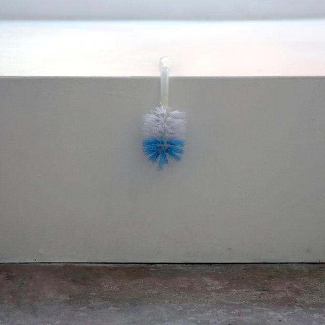 Toilet brush / Margré Steensma / 2015